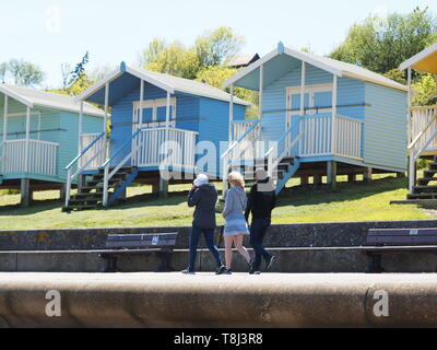 Minster on Sea, Kent, UK. 14th May, 2019. UK Weather: a sunny day in Minster on Sea, Kent. Credit: James Bell/Alamy Live News