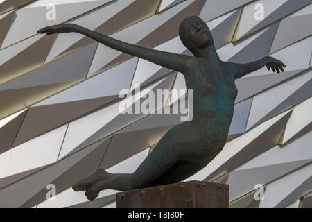 United Kingdom, Northern Ireland, Ulster, county Antrim, Belfast, Figurehead in front of the Titanic museum - Stock Photo