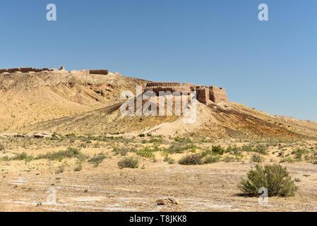 The largest ruins castles of ancient Khorezm – Ayaz - Kala, II century AD – a heyday of the Kushan Empire, Uzbekistan. - Stock Photo