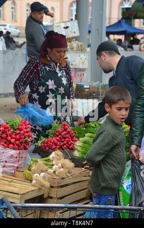 Samarkand, UNESCO Weltkulturerbe in Usbekistan: Auf dem Siyob Bazar - Stock Photo