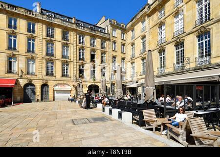 France, Gironde, Bordeaux, area listed as World Heritage by UNESCO, Saint Pierre district, place du Parlement - Stock Photo