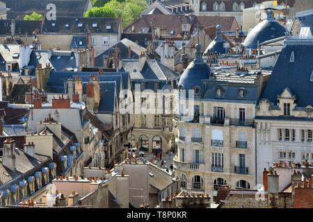 France, Cote d'Or, Cultural landscape of Burgundy climates listed as World Heritage by UNESCO, Dijon, a view from the tower Philippe le Bon (Philip the Good) of the Palace of the Dukes of Burgundy - Stock Photo