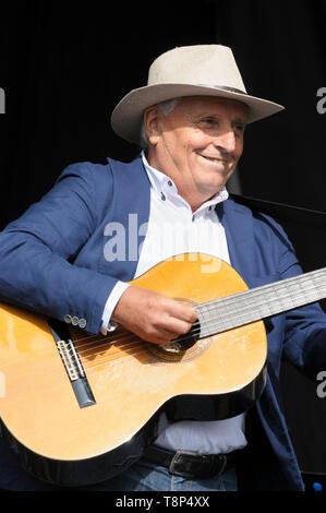 Franco Maffucci performing Vinicio Capossela and the La Banda della Posta (The Post Office Band), Womad Festival, Charlton Park,  UK, July 27, 2014 - Stock Photo