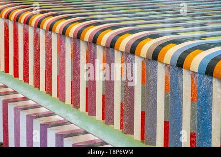 France, Hauts de Seine, Paris La Defense, the Fountain of Yaacov Agam - Stock Photo