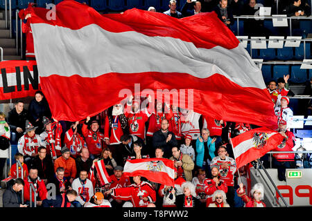 Bratislava, Slovakia. 14th May, 2019. Fans of Austria in action during the match Switzerland against Austria at the 2019 IIHF World Championship in Bratislava, Slovakia, on May 14, 2019. Credit: Vit Simanek/CTK Photo/Alamy Live News - Stock Photo