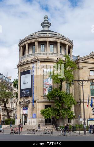Musee Guimet Entrance - Paris, France. - Stock Photo