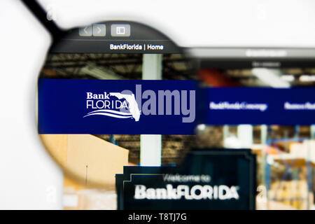 Richmond, Virginia, USA - 9 May 2019: Illustrative Editorial of BankFlorida website homepage. BankFlorida logo visible on screen. - Stock Photo