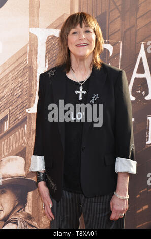 Los Angeles, USA. 14th May, 2019. Geri jewell attends the LA Premiere Of HBO's 'Deadwood' at The Cinerama Dome on May 14, 2019 in Los Angeles, California Credit: Tsuni/USA/Alamy Live News - Stock Photo