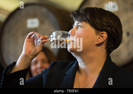Doune, Stirlingshire, UK. 15 May 2019. Ruth Davidson MSP, leader of the Scottish Conservatives & Unionist Party, visits Deanston Distillery in Dounde with her MEP candidates for the up and coming European Elections. Credit: Colin Fisher/Alamy Live News. - Stock Photo