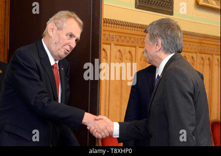 Budapest, Hungary. 15th May, 2019. Czech President Milos Zeman (left) meets Hungarian parliament chairman Laszlo Kover, who is also a member of Orban's Fidesz party in Budapest, Hungarian, May 15, 2019. Credit: Katerina Sulova/CTK Photo/Alamy Live News - Stock Photo