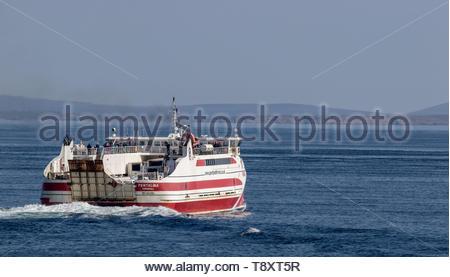 MV Pentalina of Pentland Ferries departing Gills Bay, Caithness, Scotland for St Margarets Hope, Orkney, Scotland - Stock Photo