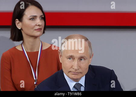 Sochi, Russia. 16th May, 2019. SOCHI, RUSSIA - MAY 16, 2019: Russia's President Vladimir Putin (front) attends the plenary meeting at the Independent Local and Regional Media Forum held by the All-Russian People's Front. Mikhail Metzel/TASS Credit: ITAR-TASS News Agency/Alamy Live News - Stock Photo
