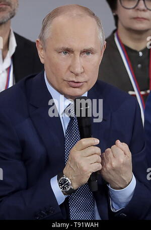 Sochi, Russia. 16th May, 2019. SOCHI, RUSSIA - MAY 16, 2019: Russia's President Vladimir Putin speaks at the plenary meeting at the Independent Local and Regional Media Forum held by the All-Russian People's Front. Mikhail Metzel/TASS Credit: ITAR-TASS News Agency/Alamy Live News - Stock Photo
