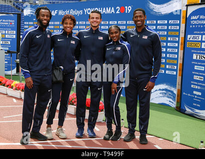 YOKOHAMA, JAPAN - MAY 10: USA's shuttle hurdles relay team (Devon Allen, Christina Clemons, Freddie Crittenden, Ryan Fontenot, Queen Harrison, Sharika Nelvis) during the official press conference of the 2019 IAAF World Relay Championships at the Nissan Stadium on May 10, 2019 in Yokohama, Japan. (Photo by Roger Sedres for the IAAF) - Stock Photo
