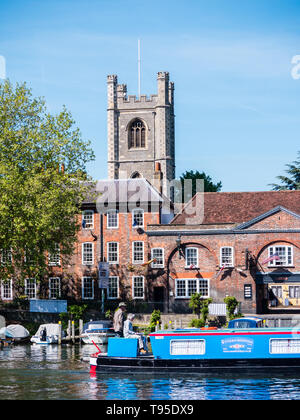 Parish Of Henley With Remenham Church, Next to River Thames, Henley-on-Thames, Berkshire, England, UK, GB. - Stock Photo
