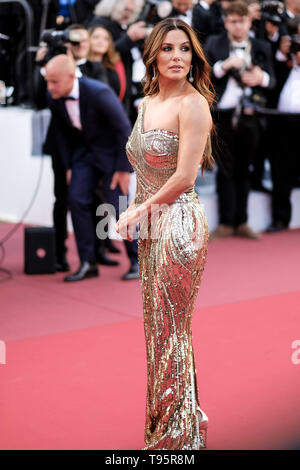 Cannes, France. 16th May, 2019. Eva Longoria poses on the red carpet for Rocketman on Thursday 16 May 2019 at the 72nd Festival de Cannes, Palais des Festivals, Cannes. Pictured: Eva Longoria. Picture by Credit: Julie Edwards/Alamy Live News - Stock Photo