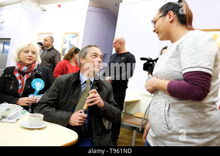 Dudley, West Midlands, England, UK - Friday 17th May 2019 – Nigel Farage meets the public during the Brexit Party tour event at Dudley, West Midlands ahead of next weeks European Parliament elections – The town of Dudley voted 67% in favour of leaving the EU in the 2016 referendum. Photo Steven May / Alamy Live News - Stock Photo