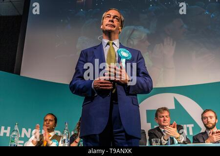 Edinburgh, UK. 17th May, 2019. The Brexit Party holds a rally at the Corn Exchange in Edinburgh attended by party leader Nigel Farage Credit: Rich Dyson/Alamy Live News - Stock Photo