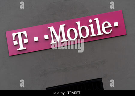 February 14, 2019 - Los Angeles, CA, United States - Signage is displayed outside a T-Mobile store in Los Angeles, California. (Credit Image: © Ronen Tivony/SOPA Images via ZUMA Wire) - Stock Photo