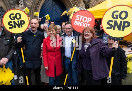 Edinburgh, Scotland, UK. 18 May 2019. Scotland's First Minister Nicola Sturgeon campaigns alongside lead SNP European candidate Alyn Smith on Leith Walk in Edinburgh. Credit: Iain Masterton/Alamy Live News - Stock Photo
