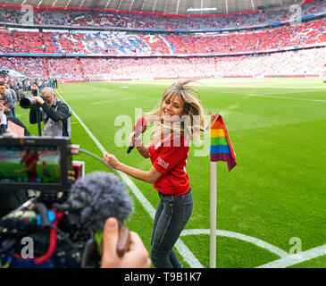 Munich, Germany. 18th May 2019. Heidi KLUM, GNTM Moderatorin und Model FC BAYERN MUNICH - EINTRACHT FRANKFURT   - DFL REGULATIONS PROHIBIT ANY USE OF PHOTOGRAPHS as IMAGE SEQUENCES and/or QUASI-VIDEO -  1.German Soccer League , Munich, May 18, 2019  Season 2018/2019, matchday 34, FCB, © Peter Schatz / Alamy Live News - Stock Photo