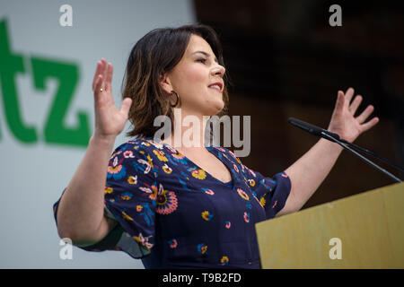 Berlin, Germany. 18th May, 2019. Annalena Baerbock, Federal Chairwoman of Alliance 90/The Greens, will speak at the party conference on the European elections. Credit: Gregor Fischer/dpa/Alamy Live News - Stock Photo