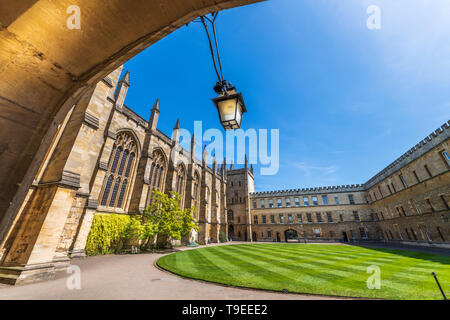The New College Front Quadrangle, looking towards Muniment Tower and the Garden Quadrangle, as seen from under the archway of the Old Lodge. Despite i - Stock Photo