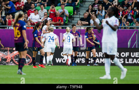 Groupama Arena, Budapest, Hungary. 18th May, 2019. UEFA Womens Champions League Final, Lyon versus Barcelona; Ada Hegerberg of Lyon celebrates scoring her goal with team mates for 2-0 in 14th minute Credit: Action Plus Sports/Alamy Live News - Stock Photo