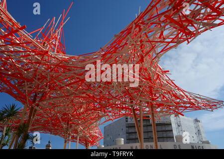 Nizza, Musee d'art moderne et d'art contemporain de Nice, Installation Tribut an Alexander Calder von Arne Quinze - Nice, Musee d'art moderne et d'art - Stock Photo