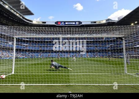 Madrid, Spain. 19th May, 2019. LUCA ZIDANE DURANTE EL CALENTAMIENTO  Cordon Press Credit: CORDON PRESS/Alamy Live News - Stock Photo