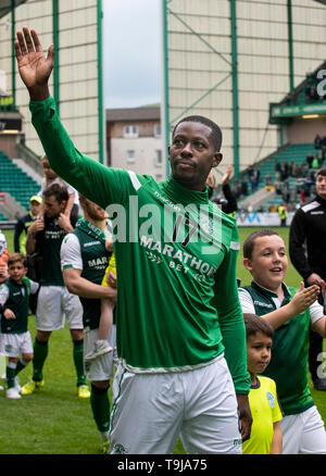 Edinburgh, Scotland, UK. 19th May, 2019.  Pic shows: An emotional Hibs' defensive midfielder, Marvin Bartley, bids a fond farewell to the home fans after playing his final game for the Leith club as Hibs play host to Aberdeen at Easter Road Stadium, Edinburgh Credit: Ian Jacobs/Alamy Live News - Stock Photo