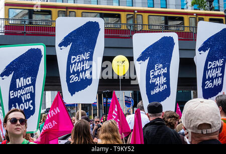 "Germany, Berlin, Mitte, 19th May 2019. ""One Europe for All' Demonstration - people gathered at Alexanderplatz as part of a Nationwide demonstration to promote solidarity in Europe in a run up to the upcoming European Elections. The Demo was organised by NGOs including Campact, Pro Asyl, Attac, Mehr Demokratie and Naturfreunde, the Seebrücke movement & Paritätischer Wohlfahrtsverband to oppose the racism, hate and resentment against minorities that is stirred up by right-wing activists and policies. Credit: Eden Breitz/Alamy - Stock Photo"