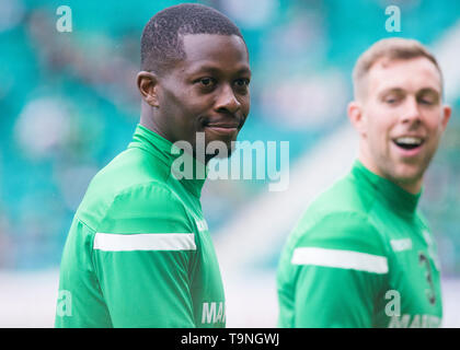 Edinburgh, UK. May 19 2019. Marvin Bartley of Hibernian before the Ladbrokes Premiership match between Hibernian and Aberdeen at Easter Road on May 19 2019 in Edinbugh, UK. Editorial use only, licence required for commercial use. No use in Betting, games or a single club/league/player publication. Credit: Scottish Borders Media/Alamy Live News - Stock Photo