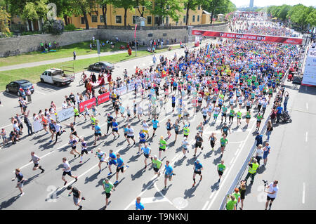 Riga. 19th May, 2019. Participants compete during the Tet Riga Marathon 2019 in Riga of Latvia, on May 19, 2019. Credit: Janis/Xinhua/Alamy Live News - Stock Photo