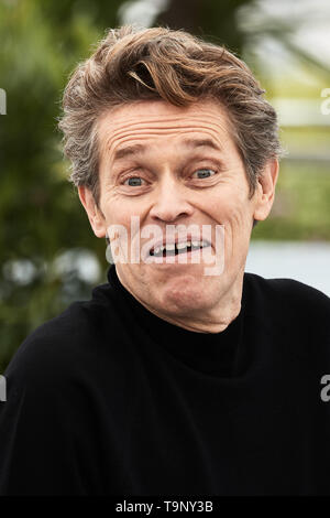Cannes, France. 20th May, 2019. CANNES, FRANCE - MAY 19: Willem Dafoe attends the photocall for 'Tommaso' during the 72nd annual Cannes Film Festival on May 20, 2019 in Cannes, France. (Photo by Oleg Nikishin/TASS) Credit: ITAR-TASS News Agency/Alamy Live News - Stock Photo