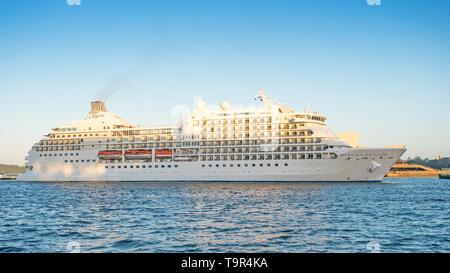 SYDNEY, AUSTRALIA - FEBRUARY 11, 2019: The Seven Seas Navigator cruise liner docking in Sydney Harbour. - Stock Photo