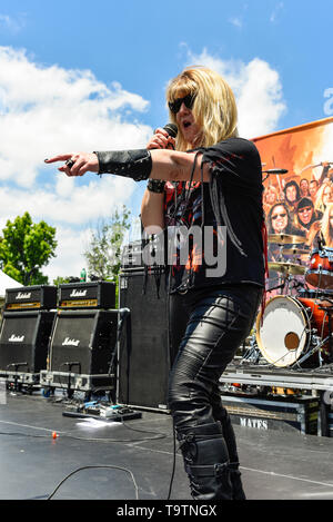 May 5, 2019, Encino, California, DIA on stage at the 2019 Ride for Ronnie charity concert at Los Encinos State Historic Park. - Stock Photo