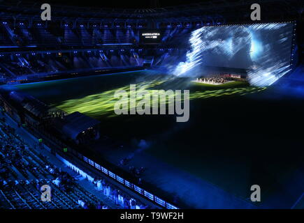 Moscow, Russia. 20th May, 2019. MOSCOW, RUSSIA - MAY 20, 2019: The final episode of the HBO television show Game of Thrones screened at RZD Arena Stadium. Gavriil Grigorov/TASS Credit: ITAR-TASS News Agency/Alamy Live News - Stock Photo