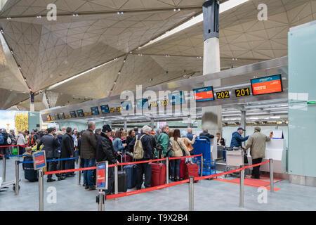 Saint Petersburg, Russia - May 2019: Passengers at Aeroflot Russian Arilines check-in counter in Pulkovo Airport. - Stock Photo