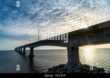 Confederation bridge linking Prince Edward Island to mainland New Brunswick, Canada. - Stock Photo