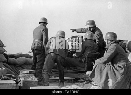 Mendez Nunez Spanish Anti-Aircraft Light Cruiser Guns! #2 ...  |Anti Aircraft Guns Spanish Civil War