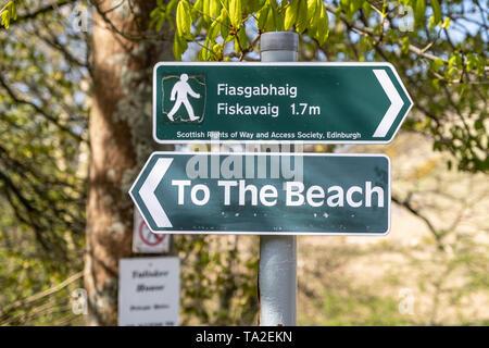 Directional sign to Talisker Beach and Fiasgabhaig Fiskavaig. Skye, Scotland, UK
