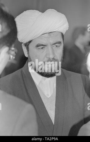 Moscow, USSR - December 21, 1990: Portrait of Uzbekistan's first mufti people's deputy Sheikh Muhammad Sadik Muhammad Yusuf at 4th Congress of People's Deputies of the USSR - Stock Photo