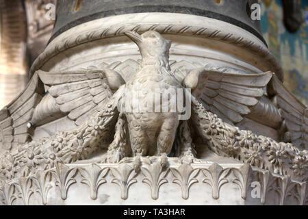 Christ in Majesty and Tetramorph. Crypte. Basilique Notre-Dame de Fourvière. Lyon. Dove of peace. Crypt. Basilica of Notre-Dame de Fourvière. Lyon. - Stock Photo