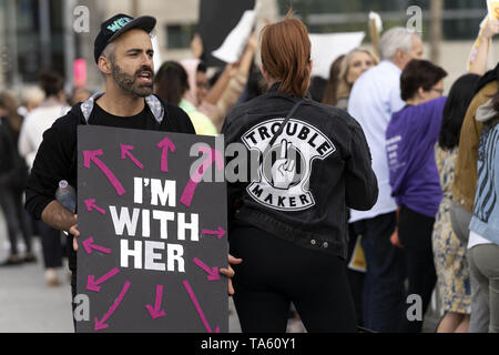 May 21, 2019 - Los Angeles, CA, United States - An activist seen holding a placard that says I'm with her during the protest..Women rights activists protested against restrictions on abortions after Alabama passed the most restrictive abortion bans in the US. Similar Stop the Bans Day of Action for Abortion Rights rallies were held across the nation. (Credit Image: © Ronen Tivony/SOPA Images via ZUMA Wire) - Stock Photo