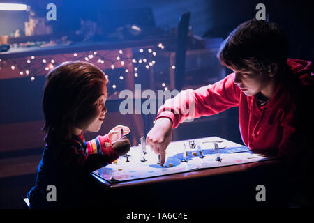 RELEASE DATE: June 21, 2019 TITLE: Child's Play STUDIO: MGM DIRECTOR: Lars Klevberg PLOT: A mother gives her son a toy doll for his birthday, unaware of its more sinister nature. STARRING: Mark Hamill as Chucky (voice), GABRIEL BATEMAN as Andy Barclay. (Credit Image: © MGM/Entertainment Pictures) - Stock Photo