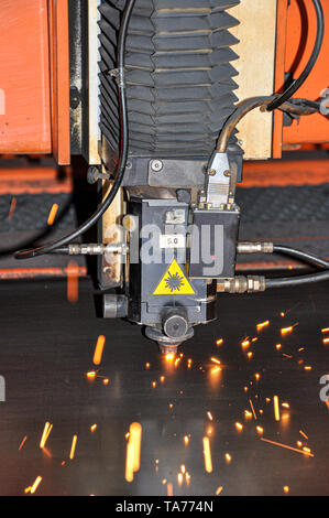 Industrial Laser Cutting Head For Cutting Steel Plate
