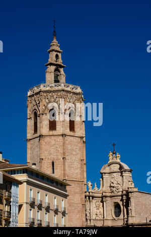 Bell Tower of the Valencia Cathedral (El Miguelete o Torre del Micalet). Valencia, Spain - Stock Photo
