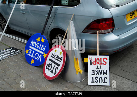 Westminster. Opposite Houses of Parliament May 22nd 2019. Protest to stop Brexit by Remainers. Placards. - Stock Photo