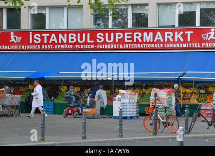 Istanbul supermarket, Kottbusser gate, cross mountain, Berlin, Germany, Istanbul Supermarkt, Kottbusser Tor, Kreuzberg, Deutschland - Stock Photo